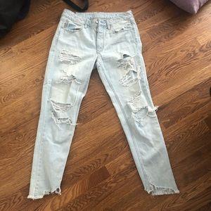 Light Wash Boyfriend Jeans